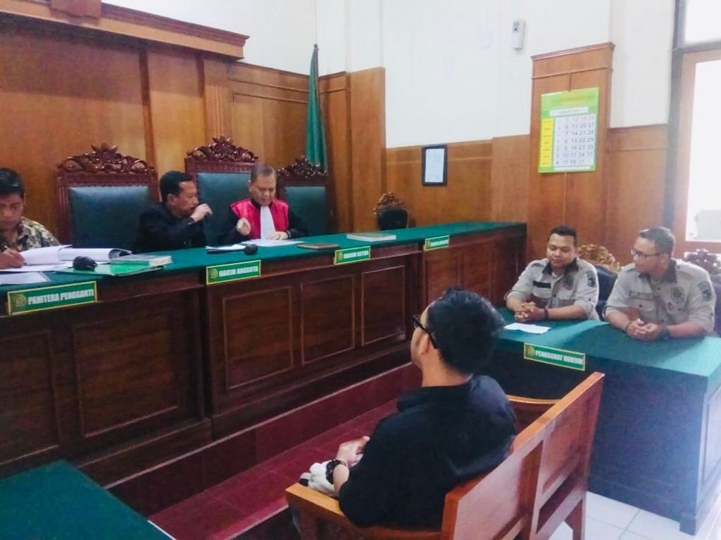 Satpol PP Surabaya Sidangkan 14 Pelanggar Perda