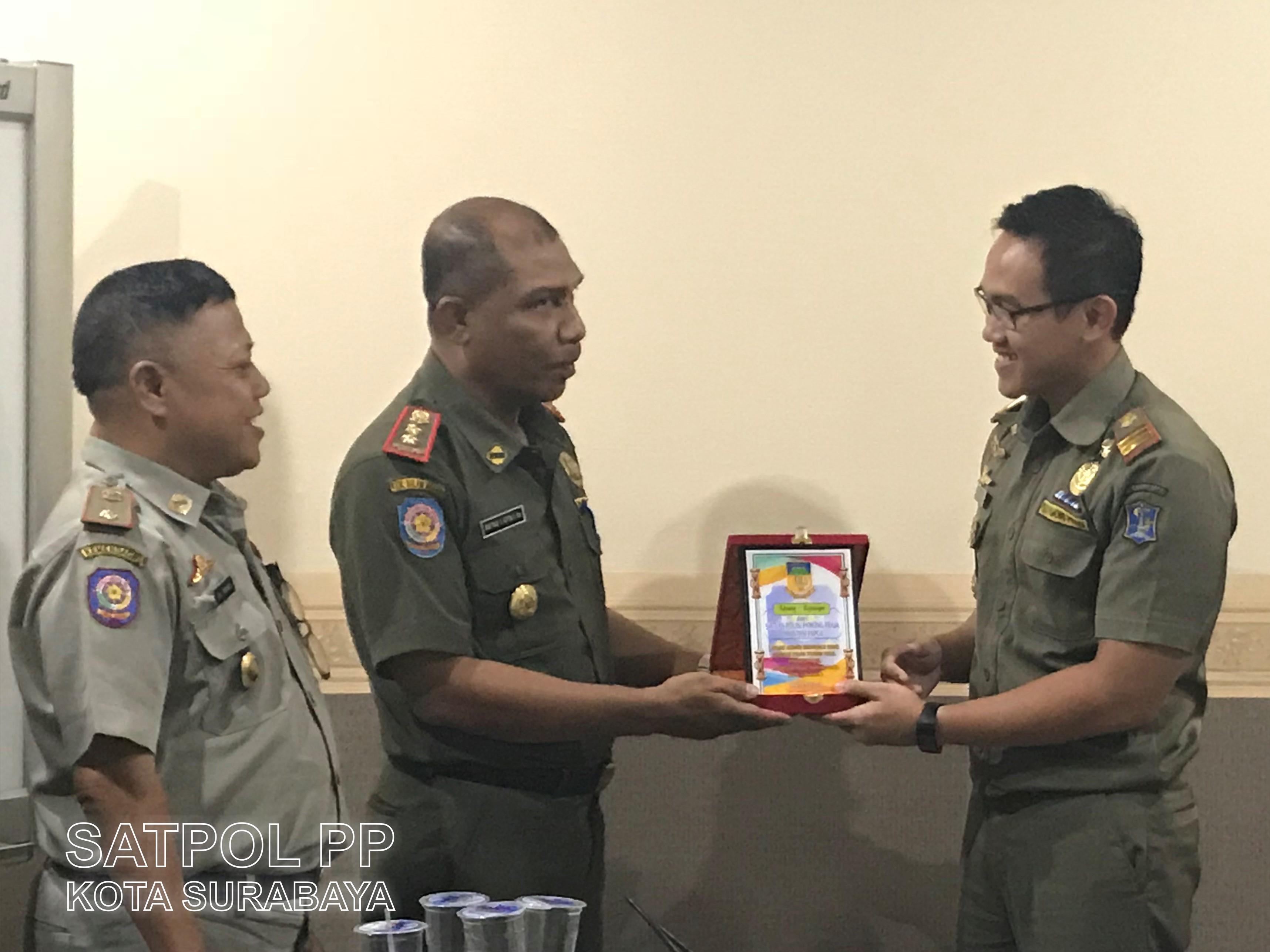 Dari Papua, Mereka Gali Ilmu di Satpol PP Kota Surabaya