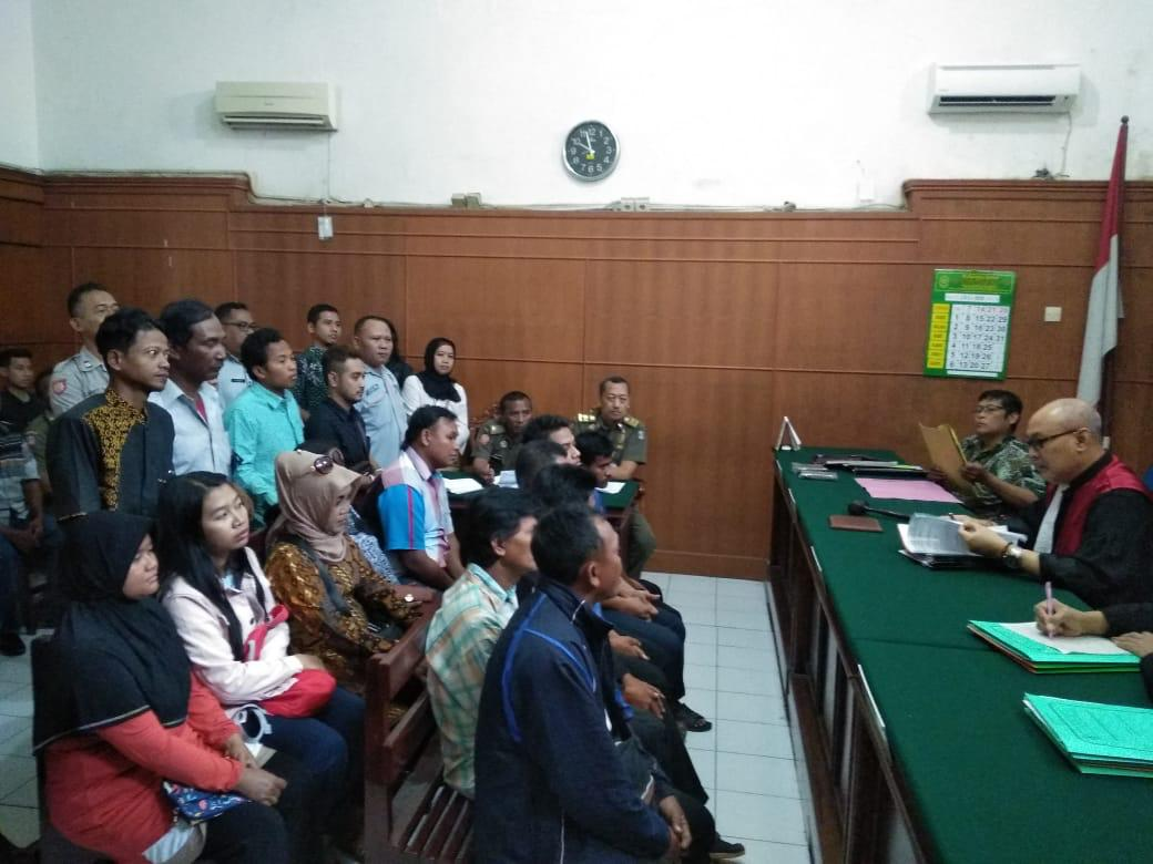 Humanis... Satpol PP Surabaya Tegaskan Pelanggar Perda
